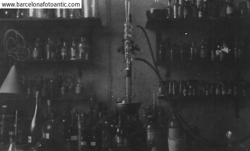 Laboratori de la Universitat. Barcelona. 1937