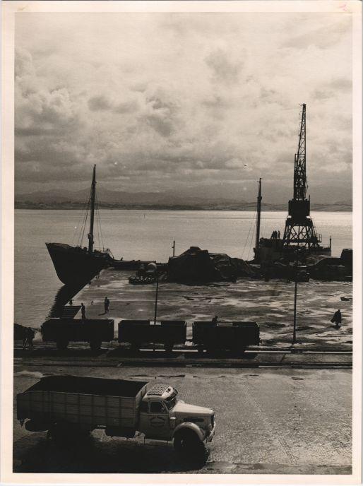 Loading dock of Santander in 1956