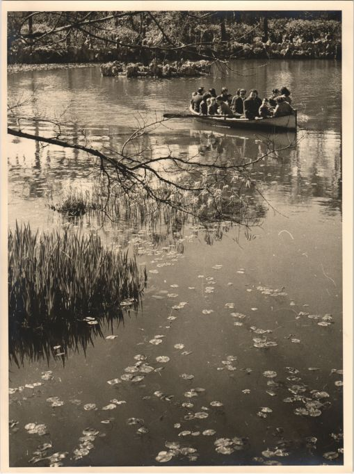 Boat ride on the lake of Ciutadella Park