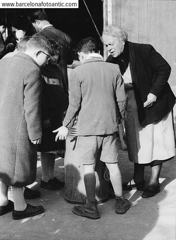 Rosquilles a la fira de S.Antoni,Gràcia 1957